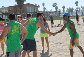 beach_volleyball_leagues-corporate-tile